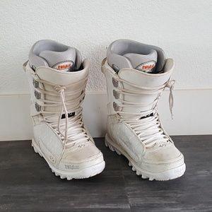 White Cream ThirtyTwo Snowboard Boot